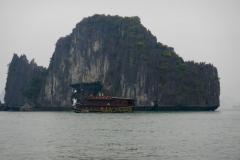 Halong-Bay-2011-10