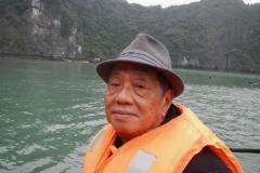 Halong-Bay-2011-14