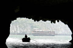 Halong-Bay-2011-19