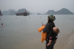 Halong-Bay-2011-28