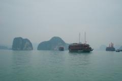 Halong-Bay-2011-47