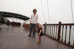 Halong-Bay-2011-5